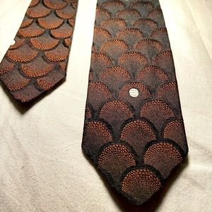Vintage Saks fifth avenue silk necktie used